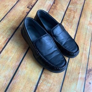 Norstrom boys black loafers size 3 1/2
